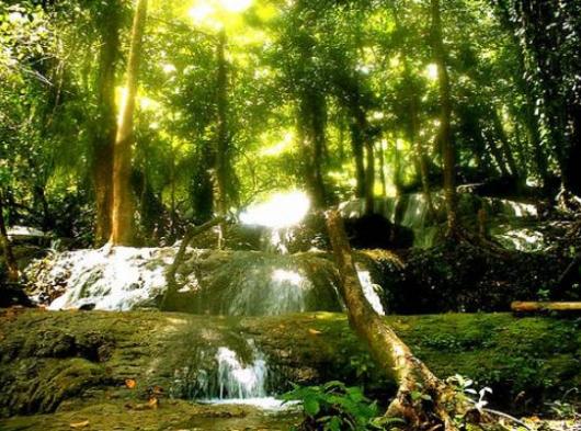 Aliwagang waterfalls