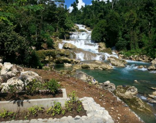 Aliwagang waterfalls1